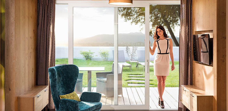Porte finestre le scelte per avere il massimo della luce - Zanzariere per porta finestra prezzi ...