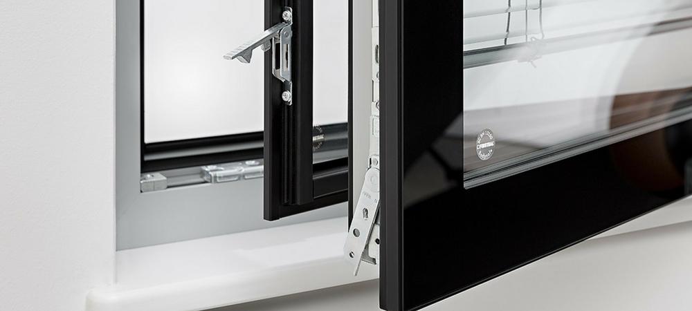 Finestre serramenti porte e infissi taranto crispiano finestre senza pensieri con posa in - Acm porte e finestre ...